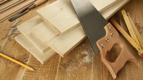 木工制作工作台和储物柜二合一,工具很齐全