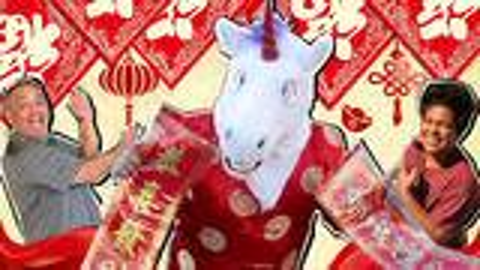 【毒角SHOW】带着老外过春节,贴春联发红包,一起来过中国年