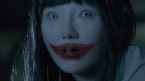 三分钟看 国产恐怖电影惊现【裂口女】 与猫脸老太太【恐怖笔记】讲解