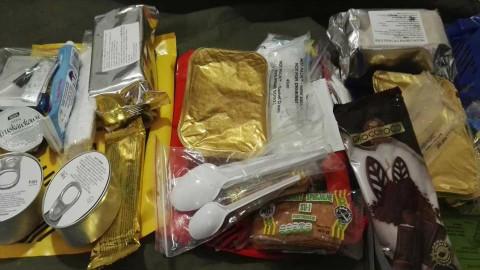军粮试吃:熏香肠炖酸菜肉波兰消防口粮晚餐
