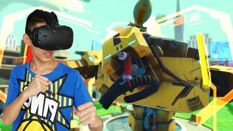 在VR游戏中驾驶机甲超人 机甲战争模拟器!鲤鱼Ace