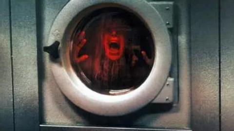 【小怡】三分钟看 被恶灵困在洗衣机里的少女 【恶灵空间3】讲解