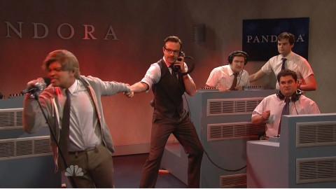 火星哥Bruno Mars在周六夜现场SNL的唱歌模仿秀