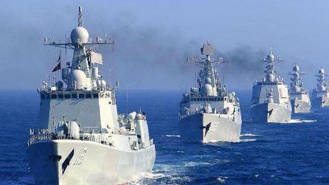 【点兵 665】40艘战舰浩浩荡荡一字排开,中国海军想干什么?看完视频你就知道了