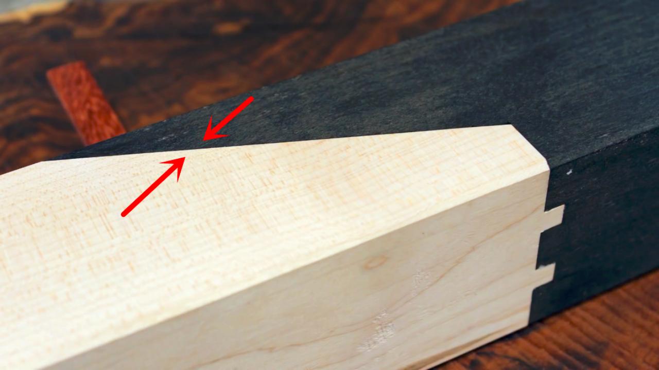 严丝合缝,几乎看不到缝隙,这就是卯榫结构的独到之处
