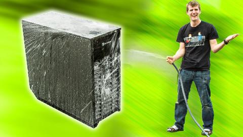 【官方双语】 银欣出品的防水防尘机箱 猛犸象 MM01 #linus谈科技