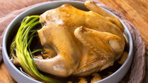今晚吃鸡,童子鸡的鸡。