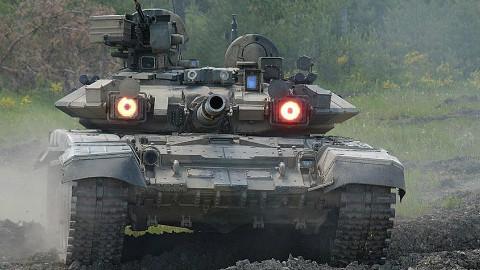 【点兵677】有人要对俄罗斯动手?俄军连夜调集王牌部队,战争征兆明显