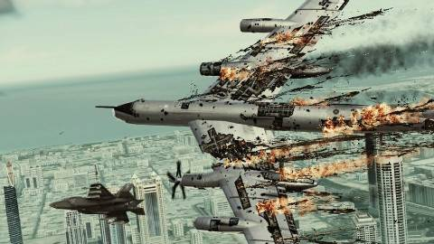 少校飞行员带酒开轰炸机翻滚,130吨身躯冲向战斗机,战机加速跑