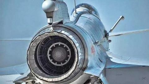 【点兵686】歼10战机换装矢量发动机?真相曝光后还有人敢喷吗?