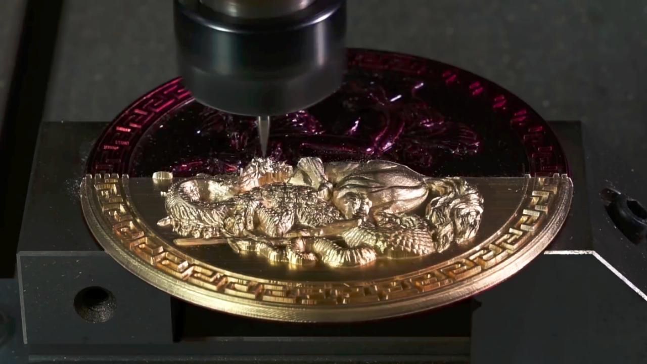 厉害了我的数控机床,完美呈现黄铜雕刻过程,太过瘾了