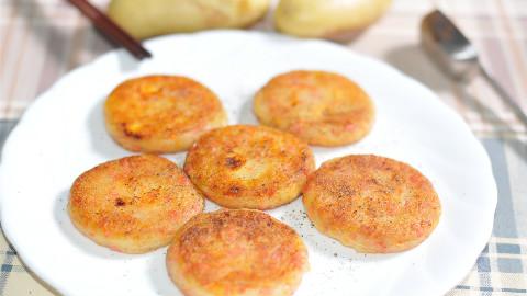 土豆不炒也不炖,与胡萝卜的完美搭配,外酥里嫩,还有爆汁的口感