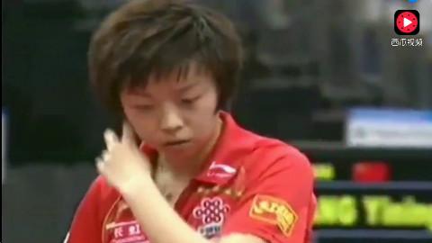 大魔王张怡宁两分钟打完一局,外国选手直接崩溃了,地狱级难度