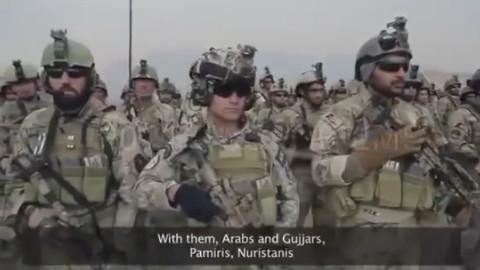 阿富汗APU特种部队在国歌下的列队。