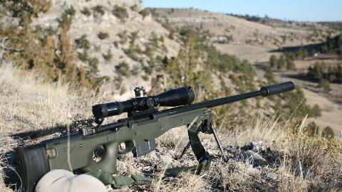 【讲堂346期】曾经创下大量远程狙击记录的尖端狙击步枪,英国AWM狙击步枪