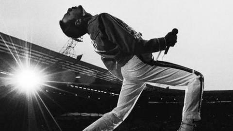 【经典摇滚巡礼】Queen/David Bowie——Under Pressure