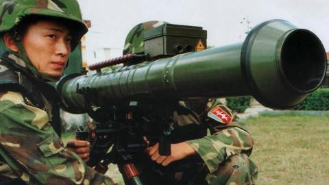 中国这款单兵武器,能瞬间将敌人蒸发,2秒内产生5000℃高温!