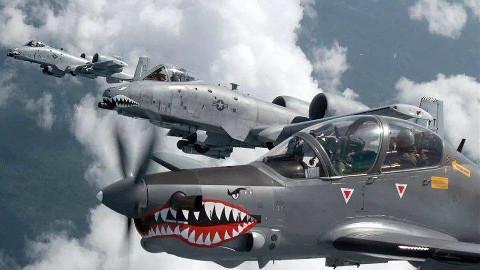 【点兵803】玩砸了!超级巨嘴鸟攻击机试飞坠毁,美军愤怒宣布重新招标