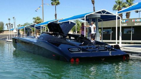 """水上奔驰的""""超跑"""",时速300公里,售价1000万,真正的水上飞"""
