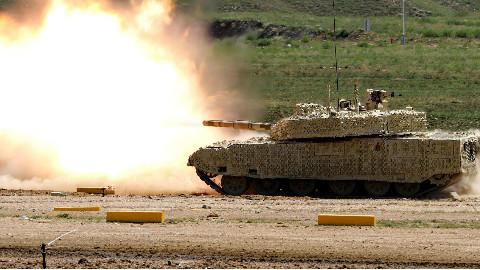 【点兵827】泰国购买中国坦克后 公布了这段视频 看得国人振奋