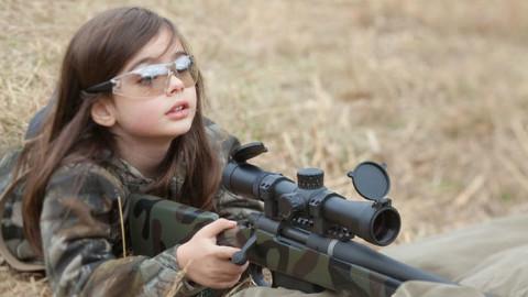 狙击手和观察员到底谁才有资格当老大?美军内部为此争论50年