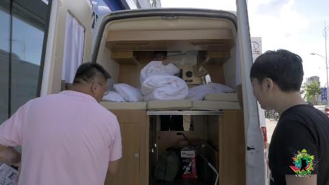 租辆房车,900元一天,用21天畅游内蒙古!《大明的旅行》内蒙古房车自驾之旅