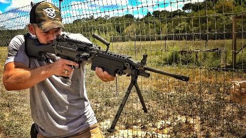 【中文字幕】M249机枪也能锯木板? DemolitionRanch 爆破牧场 爆破农场