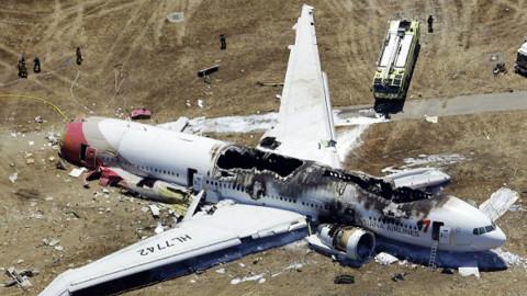 250吨波音客机凌空爆炸,俄罗斯误把客机当轰炸机击落,至今拒赔偿
