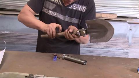 新一代户外铲,一铲可当多种工具实用,再也不用担心背不动装备啦