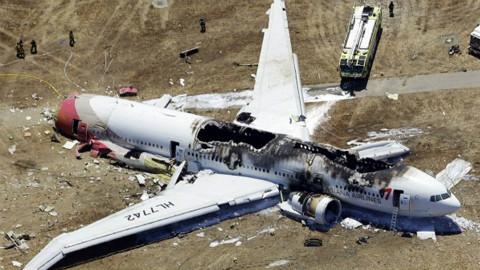 200吨波音客机凌空爆炸,俄罗斯误把客机当轰炸机击落,至今拒赔偿