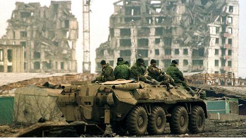 当年给俄军造成巨大损失的车臣武装,为何现在不闹事了?