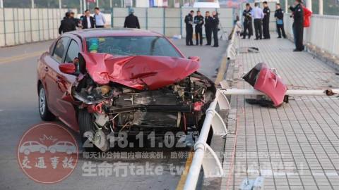 中国交通事故合集20181102:每天10分钟国内车祸实例,助你提高安全意识!