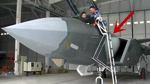 【点兵894】歼20战机为何没有自带登机梯?看完美国F22战机的配置,你就明白了