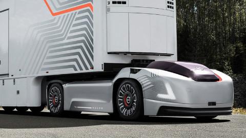 沃尔沃卡车像超跑,无驾驶舱自动拉货,司机要失业了,回头率100%