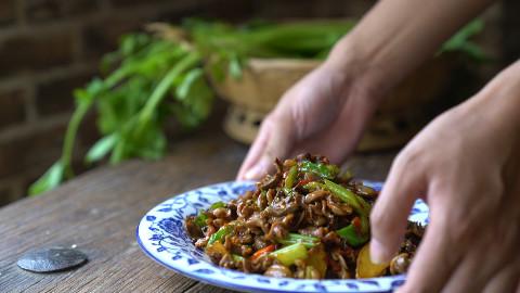 尖椒炒鸡杂最好吃的做法,好吃又下饭