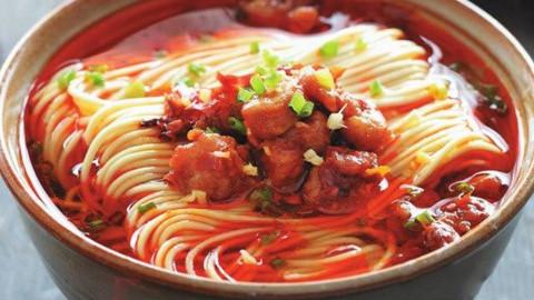 面条别再煮着吃了,教你一个新吃法,做法简单,劲道爽口,太美味
