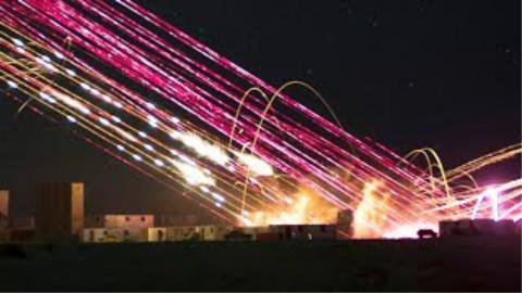 美军直升机城市近距离空中支援展示