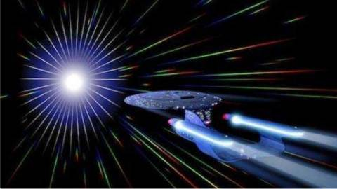 科学家发现宇宙最新燃料,飞船实现超光速飞行!
