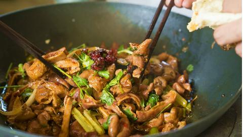 厨男王一刀:天冷了,吃这两样才是最佳的选择。