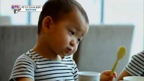 【超人回来了】140713剪辑 宋民国三胞胎第一次吃自助餐