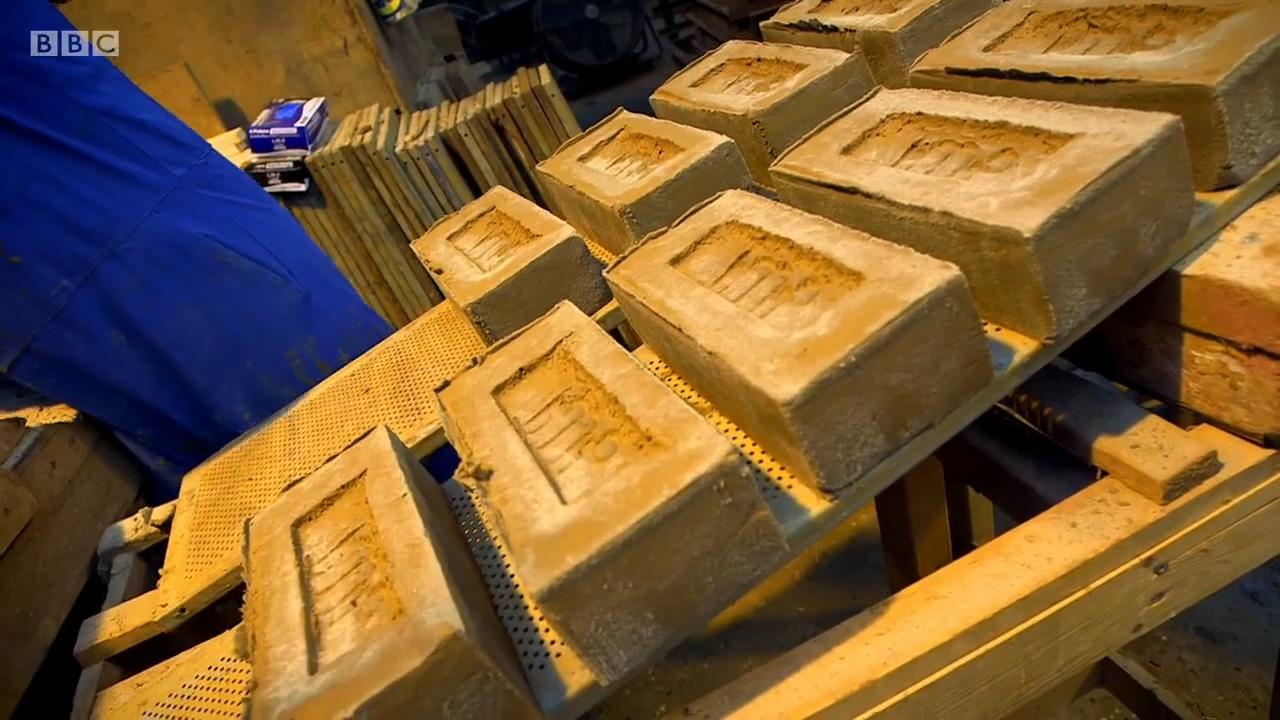 大家都嚷嚷着在搬砖 砖块是怎样炼成的你知道吗?