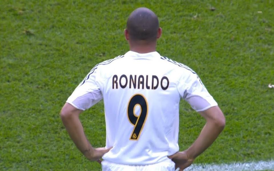 罗纳尔多系传说的开始-大罗的15个疯狂进球