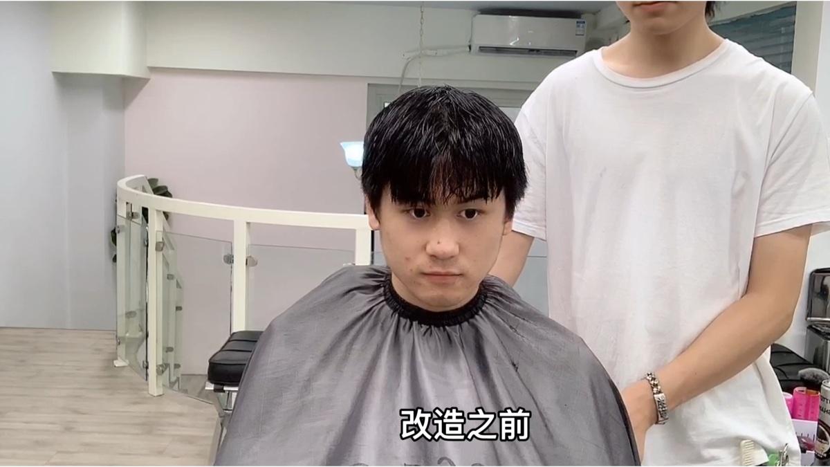 不是你长的不帅,而是你发型没选对,想要拯救形象,赶快换个发型