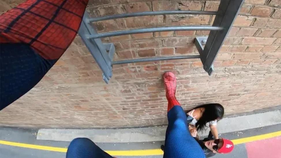 我 蜘蛛侠 爬墙 (第一人称跑酷)