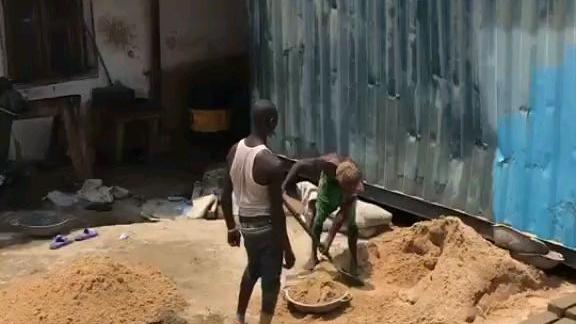 难道非洲人都是这么干活的?