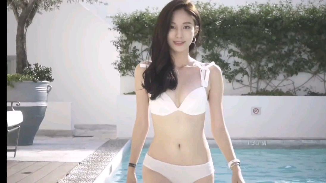 韩国美女模特金宝拉地中海豪华游艇派对