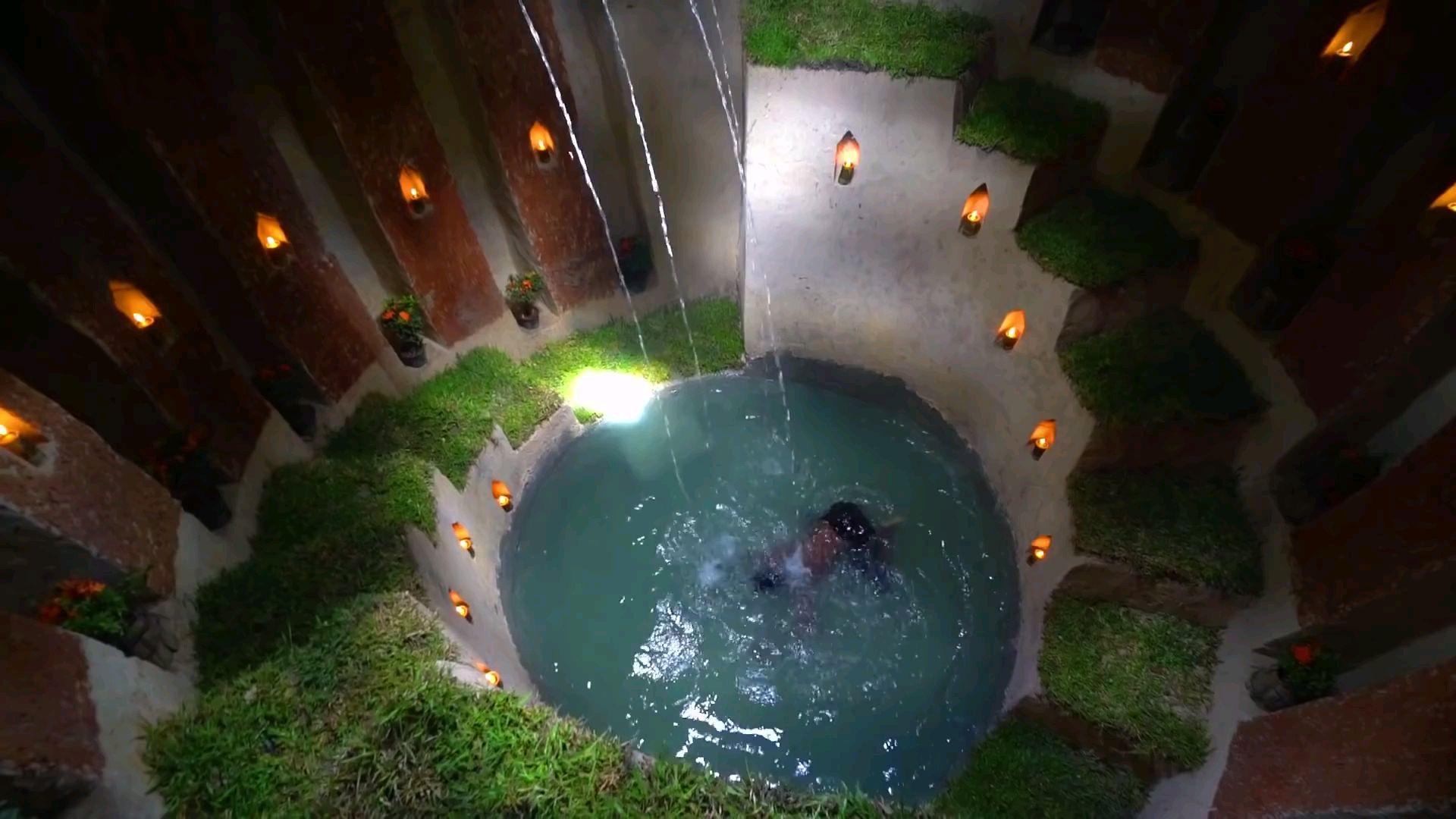 外国小伙用地下深池建造最隐秘的地下住宅