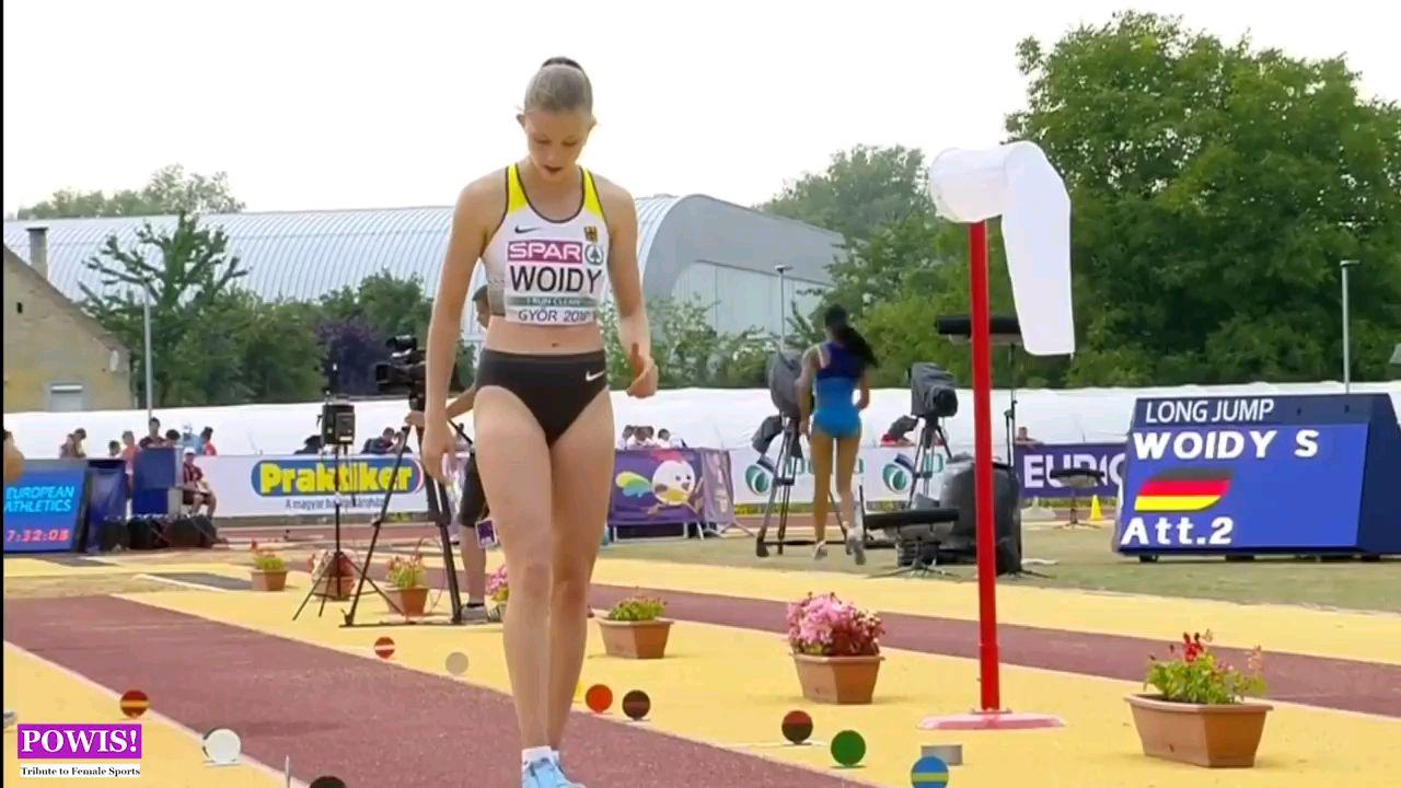 好看的女子跳远比赛,运动员比模特还美