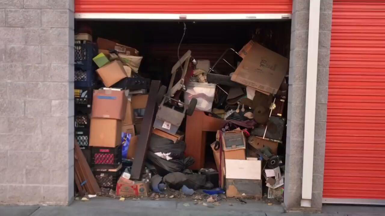 【垃圾佬】看花100美金买下的一仓库垃圾值多少钱