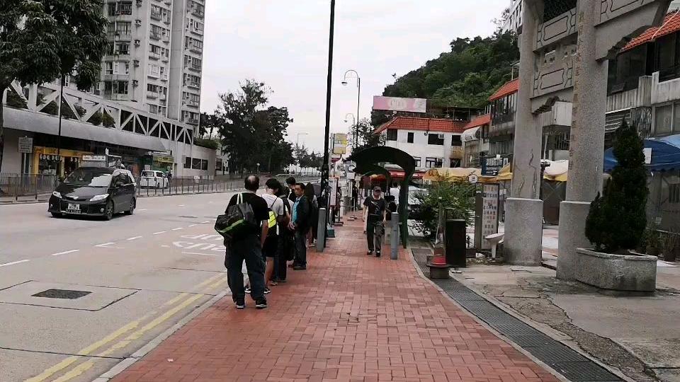 带你吃香港深井村的烧鹅,各位喜欢深井烧鹅的就跟着我走吧~
